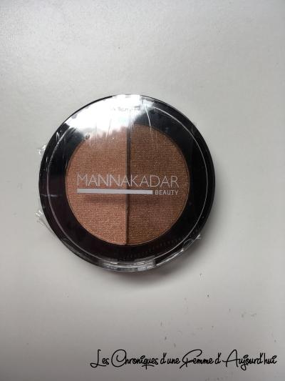 Birchbox - Manna Kadar Cosmetics - Bronzer Highlighter
